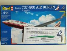Revell 1/144 boeing 737-800 + transavia suncountry decal
