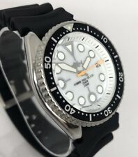 Seiko Diver Watch 7002 Quartz - White dial - black bezel - orange ss hand - 1146