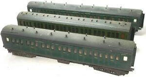 HORNBY GRAFAR AND TRIANG SOUTHERN RAILWAY CORRIDOR COACHES ALL WITHOUT COUPLINGS