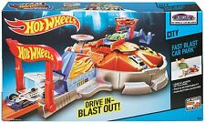 NEW Hot Wheels City Fast Blast Car Park