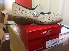Ladies Beige Leather Shoes Size 3