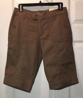 NWT Natural Reflections Women's Khaki Flat Front Cotton Bermuda Shorts Sz 6