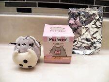 Gund Pusheen Cat Cookie Keychain Mini Plush Surprise Blind Box Snack Time