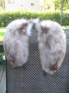 "# B10 UNISEX sweet fox fur collar  white tip end brown 34"" inches long"