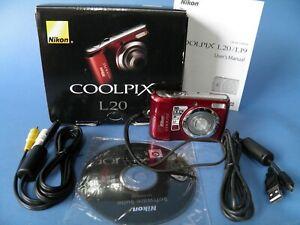 Nikon Coolpix L20 Digital Camera-- In Box
