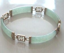 Fine 9ct / 9k 375 gold and jade Oriental chinese bracelet