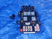 OEM FC3T-14B476-AB for Ford Fuse Box Body Control Module BCM FC3T-15604-AB