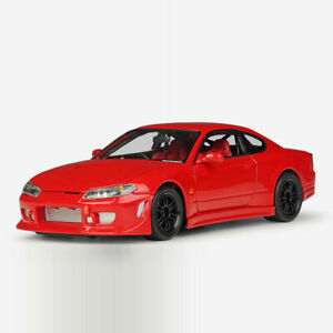 Vintage Nissan Silvia S-15 1999 1:24 Model Car Diecast Toy Vehicle Collection