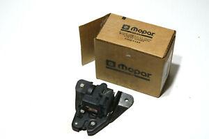 Mopar Trunk Lock for Hatch Door For Chrysler 300 M/05096169AA