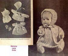 "Baby DOLL CORREDINO vestiti vintage Knitting Pattern 9.5"" Abito Undies Cappello... OO"