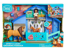 DREAMWORKS SPIRIT RIDING FREE SPIRIT & LUCKY GROOMING PADDOCK PLAYSET NEW