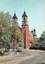 B45785 Poznan Bazylika Archikatedralna autobus   poland