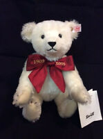 Margaretes Teddy Bear White Limited Edition with GIFT box by Steiff EAN 038518