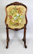 A 19TH CENTURY ROSEWOOD TAPESTRY FIRE SCREEN