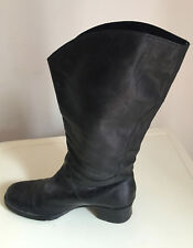Kenneth Cole Reaction Women's Boots SIZE 6