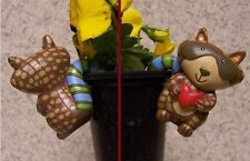 Flower Pot Hugger Whimsical Critter Raccoon NEW colored polystone