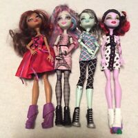 Monster High Dolls - Lot of 4 - Rochelle Goyle Frankie Stein Operetta Clawdeen