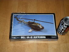USA, BELL UH-1B HUEYCOBRA, HELICOPTER, VIETNAM WAR, Plastic Model Kit,Scale 1/48