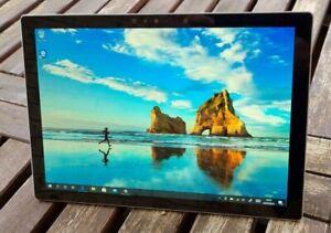 Microsoft Surface Pro 2017 i5 7th Gen - 8GB Ram - 128 SSD GB - Win 10 Pro
