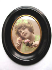 Cadre porte-photo, médaillon ovale bois noirci, liseré laiton Napoléon III