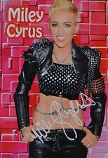 MILEY CYRUS - Autogrammkarte - Signed Autograph Autogramm Clippings Sammlung