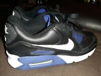 Nike Air Max 90 Kids Youth Running Shoes Size 6.5Y BLACK AND PURPLE