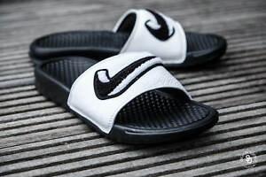 Nike Benassi JDI Chenille Men's Slides Black-Summit White AO2805-001 Sandals NEW