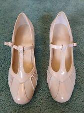 Pavers Shoes Beige Size 7