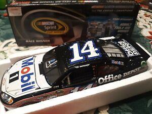 1/24 2012 Tony Stewart Las Vegas win raced version Lionel mobil 1