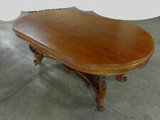 Tables du XIXe siècle ovales