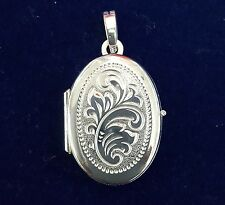 NEW Sterling Silver Oval Locket Suitable For Two photos Free Domestic Shipping