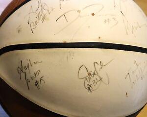 2001 UCONN Women's Basketball Signed - Fair/Good condition