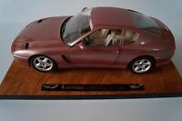 Bburago Burago Modellauto 1:18 Ferrari 456 GT 1992 Cod. 3746 auf Platte *in OVP*