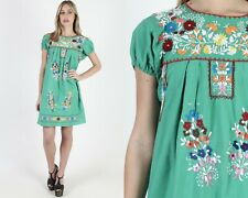 Vtg 70s Green Mexican Dress Bright Floral Embroidered Festival Puff Sleeve Mini