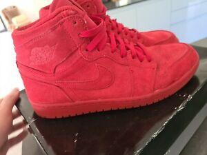 Air Jordan Retro 1 Hi Red suede Trainers Size 9
