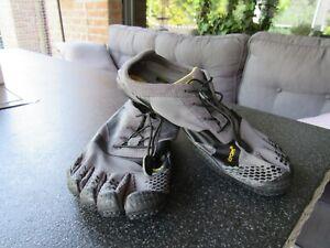 Vibram Fivefingers - Barfuss Schuhe Gr. 44 grau