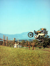 THE GREAT ESCAPE POSTER PAGE . STEVE MCQUEEN TRIUMPH TR6 TROPHY MOTORBIKE . E3J