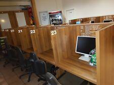 Tisch für InternetCafe aus massivem Holz für 12 separate Plätze L:455cm B:135cm