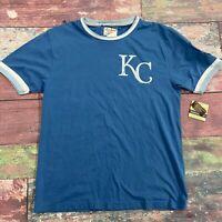Red Jacket Kansas City Royals MLB T Shirt Men Size Medium NEW
