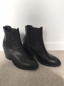 Black Windsor Smith Leather Mid Heel Ankle Boot Size 9