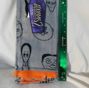 2 Pk Addams Family 2 Gray Hand Towels Illustrated Character Heads Halloween