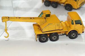 ORIGINAL Matchbox Superfast - Dodge Crane Truck - No 63 - Yellow Color - Hook