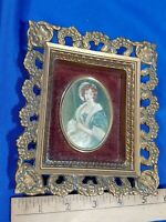 Antique-VTG A Cameo Creation Gold Celluloid Picture Frame C.E. Leslie Mary Old