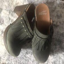 Dansko Deni Professional Clogs Green Suede Clogs. Size 39