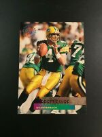 1995 Topps Stadium Club #320 BRETT FAVRE Green Bay Packers LOOK Sweet !