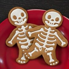 Gingerbread Man Cookie Cutter Stamper Skeleton Baking Mould Tool Christmas Decor