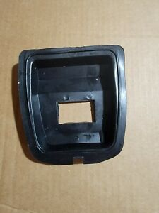 Pioneer Chainsaw Farmsaw P39 P41 Air Filter Boot Nos Oem