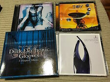 DARK ELECTRONIC GROOVES CD TRIPLE SET DE VISION TOY 18 SUMMERS SYNTH POP ELECTRO