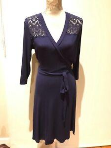 Review wrap purple dress. Size 10