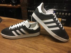 MENS DARK BLUE ADIDAS GAZELLE SIZE 8 GREAT USED CONDITION!!!